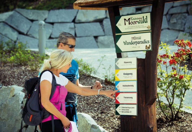 Wandern im Moorwald - Vortuna Gesundheitsresort Bad Leonfelden